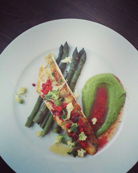 Fish, asparagus, pea pyree.