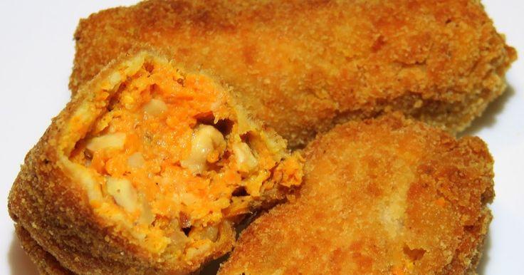 INGREDIENTES:  500 gr. de zanahorias cocidas 100 gr. de avellanas 2 huevos Sal, pimienta y nuez moscada al gusto Pan rallado para reboza...