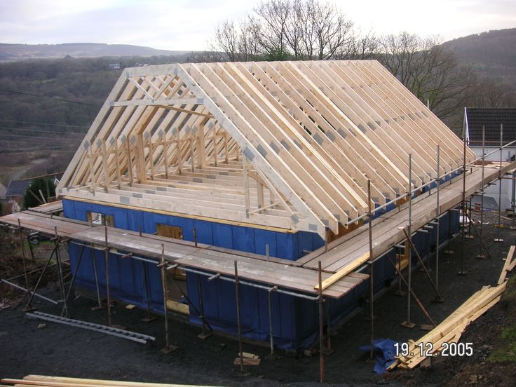 21 best images about fermes on pinterest roof structure for Truss lofts