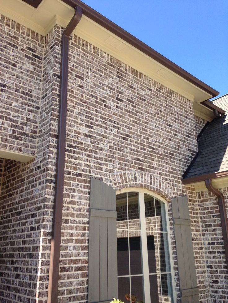 17 best ideas about brown brick exterior on pinterest brown brick houses brown house - Breathable exterior masonry paint collection ...