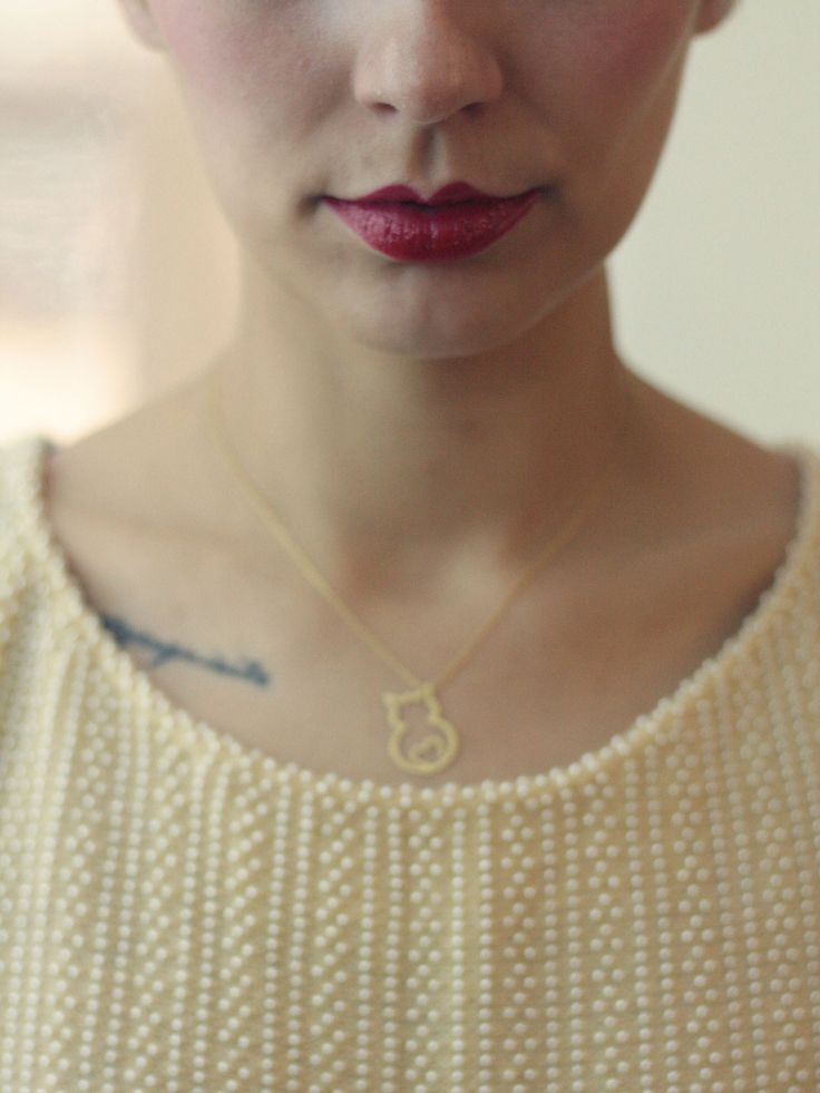 Diana Isabel Vinha from Pretty Exquisite Blog with Nookie's Collection Necklace by Luisa Pedroso   https://www.facebook.com/photo.php?fbid=698507326837533&set=a.698507273504205.1073741839.334816199873316&type=1&theater