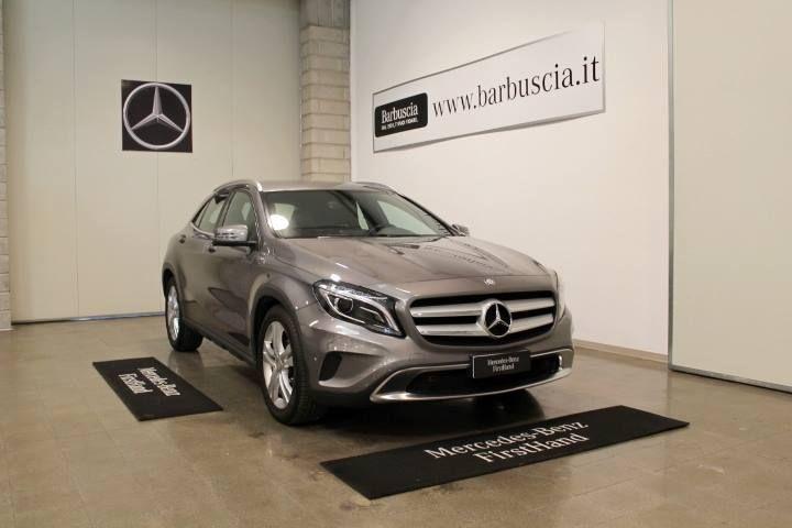 Mercedes-Benz Classe GLA 200 CDI Aut. Sport Garanzia #Firsthand 12 MESI  ALIMENTAZIONE diesel  IMMATRICOLAZIONE 04/2014  CILINDRATA 2143 cc  KM 85.294 Scopri maggiori dettagli  http://bit.ly/2ry2nfV  VISIBILE NELLA SEDE DI PESCARA