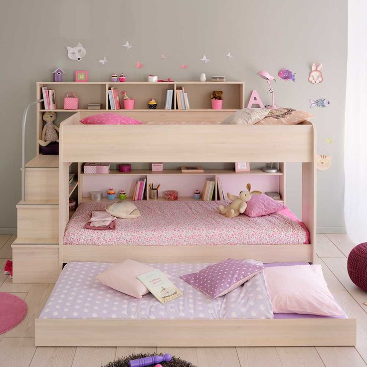 die besten 25 etagenbett mit treppe ideen auf pinterest etagenbetten mit ablage kinder. Black Bedroom Furniture Sets. Home Design Ideas