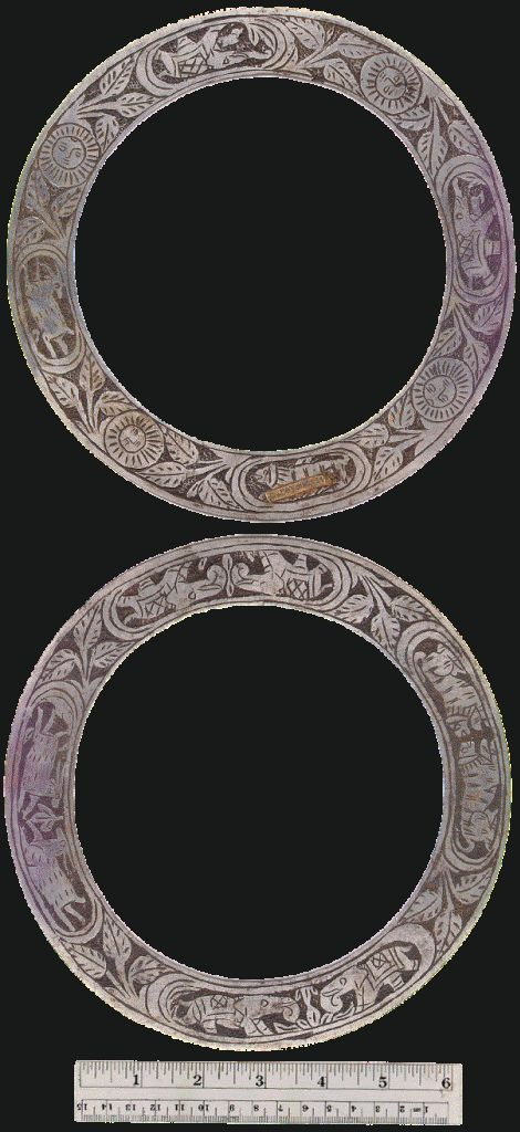 "Indian chakram. The Chakram could be used in many ways, normally it was twirled in the Forefinger and then hurled towards the target, the othe way was the ""Chutki"" where it was held between Forefinger and Thumb and hurled sideways or even straight."