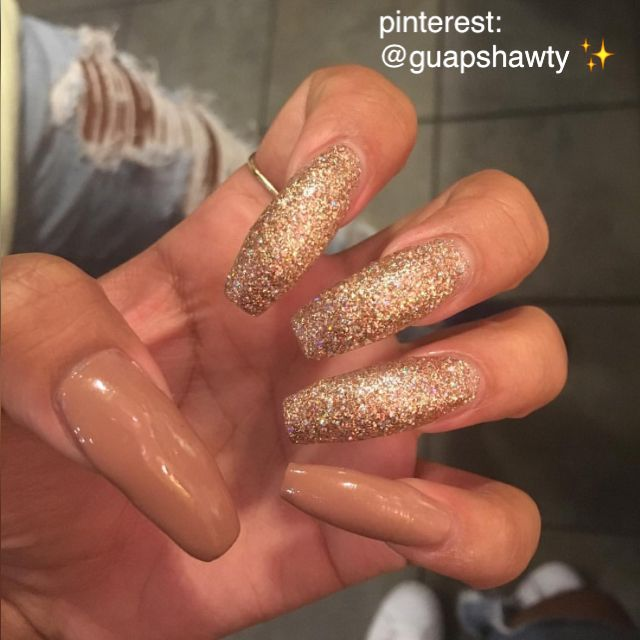 Check out @guapshawty ❤️ winter nails - http://amzn.to/2iZnRSz