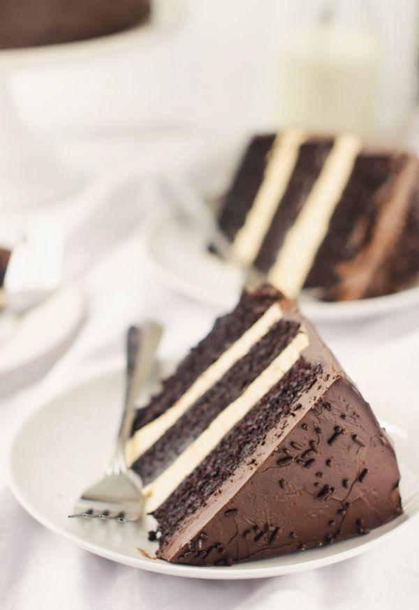 dark chocOlate speculoos truffle cake with swiss meringue buttercream & dark chocOlate frosting