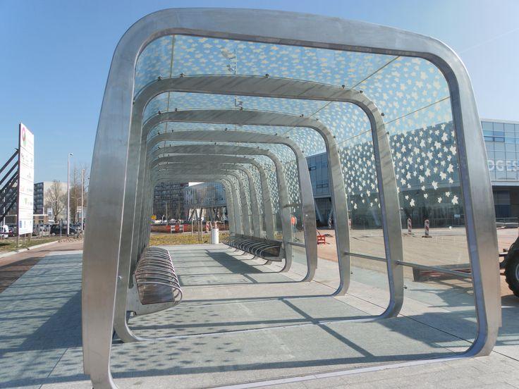 dubai bus shelter - Google 搜尋