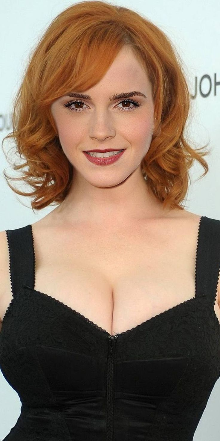 Cleavage Hot Actress Gallery Cleavage In 2019 Emma