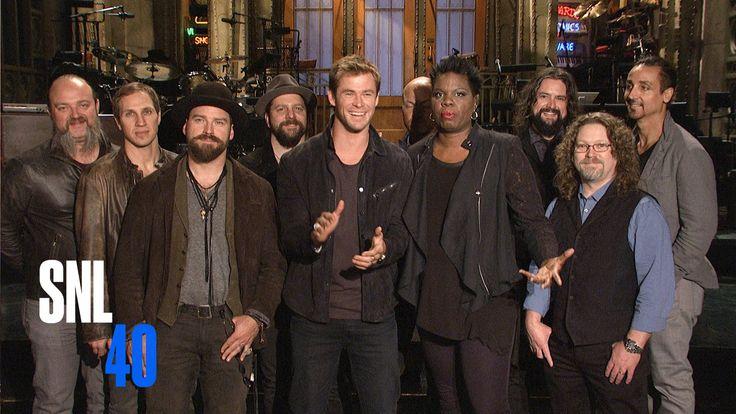 SNL: Leslie Jones Crushes on SNL Host Chris Hemsworth in Her First Promos