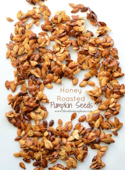 Honey Roasted Pumpkin Seeds with Cinnamon -healthy snacking!