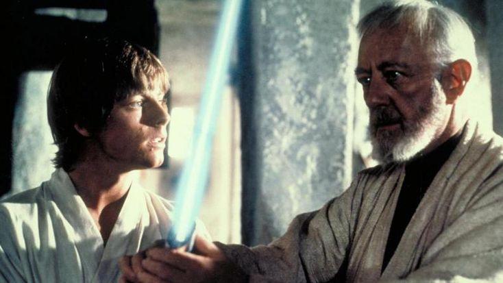 Los sables láser son la mejor arma del universo       Tal como lo dijo Obi-Wan Kenobi, los sables láser son el arma perfecta para un guerrero perfecto como el Jedi.     ¿Existe un arma más elegante que una espada? Creo que no y cuanto más si encima es una espada cuya hoja es un haz de luz. No voy a dejar de desear tener un sable láser nunca (espero que los inventen pronto).