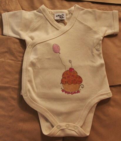why not #kimono with #cupcake in #organic cotton for #infant #neonati #biologico #organico