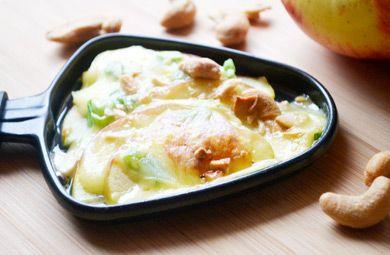 Das feine, fruchtige Apfel-Cashew-Raclette zaubern Sie mit diesem Rezept in Kürze und begeistern Gross und Klein.