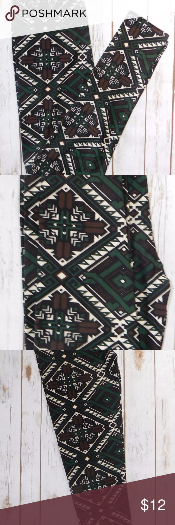 One Size Green Brown Tribal Print Leggings One Size fits 2-12 92% Polyester 8% Spandex Super super soft! Comparable to Lularoe but without the price! High waist Full length 1in elastic waist band New Mix Pants Leggings