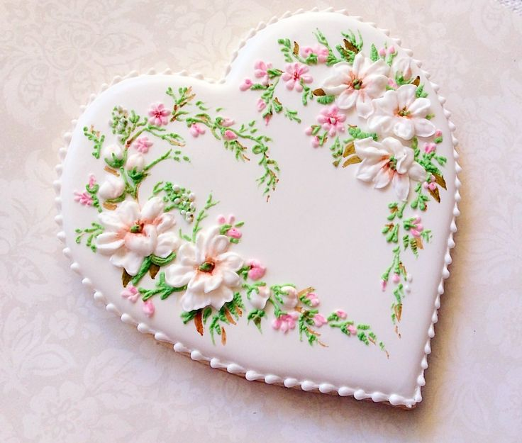 Best 20+ Royal Icing Flowers ideas on Pinterest Icing ...