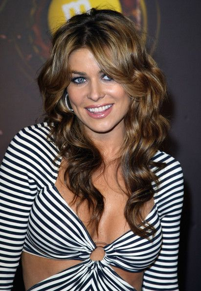 Carmen Electra Long Wavy Cut - Carmen Electra styled her hair in soft waves that were parted down the center. (March 11, 2004 - Source: Frazer Harrison/Getty Images Entertainment)