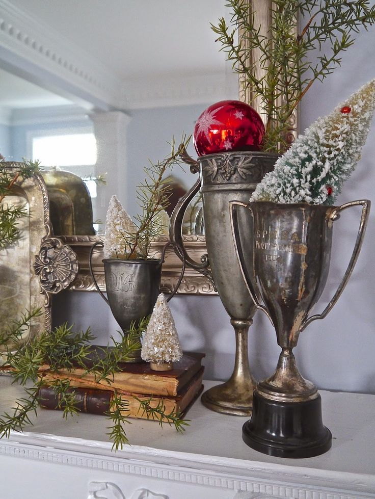 Chateau Chic: Dining Room Christmas Mantel
