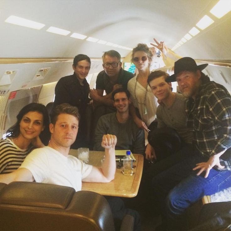 #SDCC we had an absolute blast. Thanks to everyone who came to say hello. We are YOUR biggest fans! #Gotham #SadToGoHome