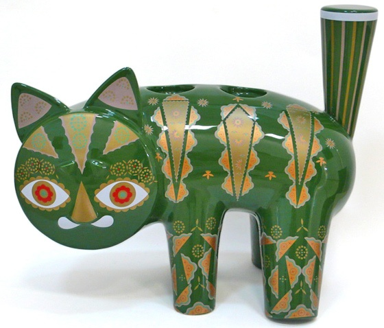 KLAUS HAAPANIEMI - 'PUTTE THE CAT' - CANDLEHOLDERS August 2011