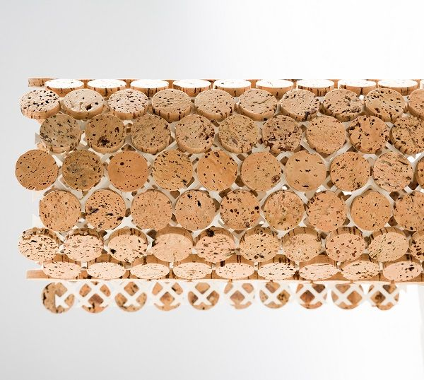 : Sustento Design : VINI Cork Line's flexibility allows for application on curved surfaces.