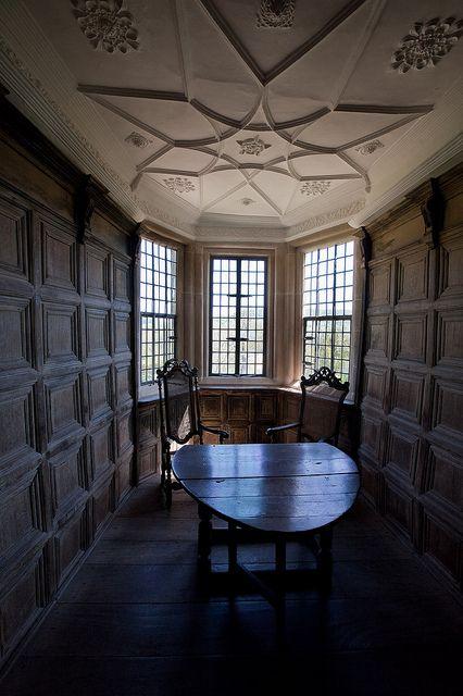 English Tudor Interior Design Ideas: Hall Interior, Tudor