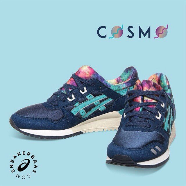 #asics #cosmo #gellyte #sneakerbaas #baasbovenbaas  Asics gel-Lyte III 'Cosmo'- This Asics release is outta this world! A sick 'cosmo'-colorway makes a dope appearance on the innerlining.  Now online available | Priced at 114.99 EU | Wmns Sizes 36 - 42.5 EU |