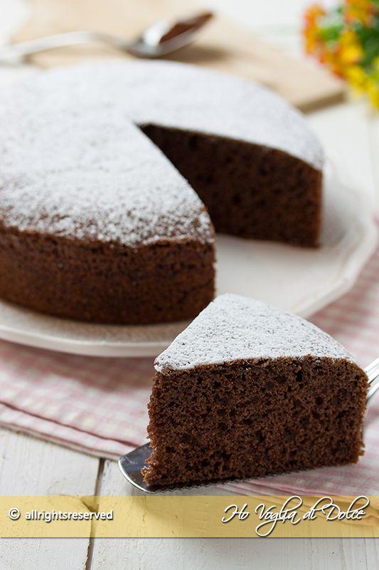 Torta 12 cucchiai al cacao ricetta senza bilancia, senza pesare gli ingredienti. Un dolce senza burro, facile,veloce perfetto per la colazione e la merenda.