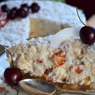 Tort de orez cu cocos si fructe (1)