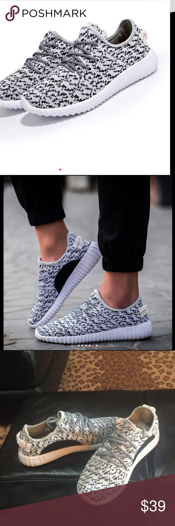 Yeezy turtle Dove sneakers Marled  knit upper light grey and black with rubber sole gives the look almost exact look of the adidas turtle dove but not the heavy price tag. Light weight and extremely comfortable NO TRADES PRICE IS FIRM‼️😊 Shoes Sneakers