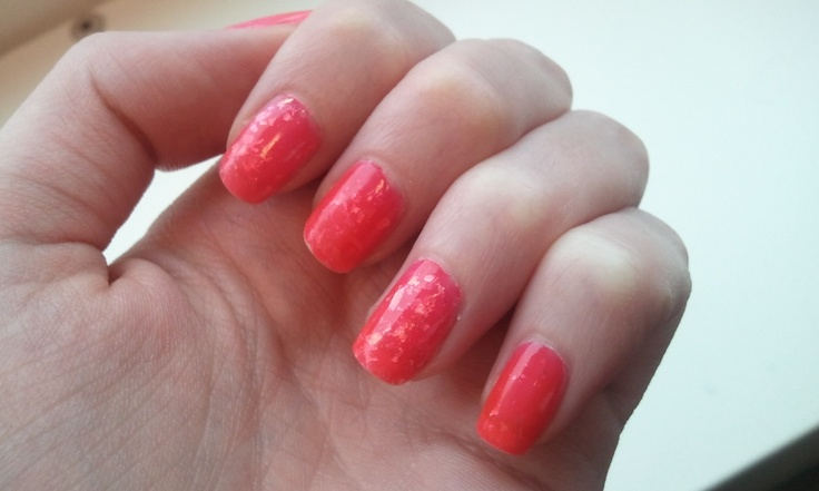 China Glaze - Luxe and Lush (Hunger Games Collection)  layered between  Essie - Camera (Poppy-Razzi Collection)