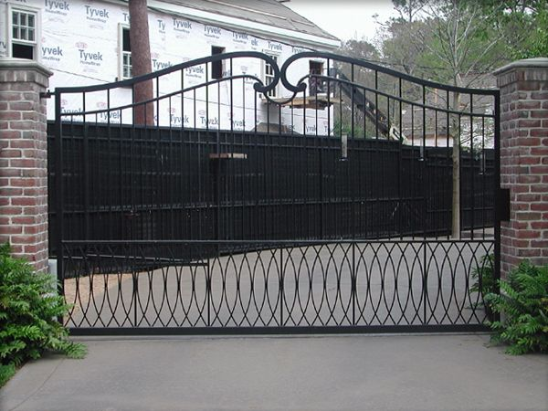 17 best images about gate on pinterest arbors entry for Aluminum gates for driveways