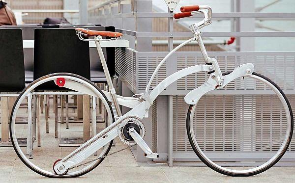 スポークもハブもない折り畳み自転車 Sada Bike タイヤサイズは26インチ えん乗り 折り畳み自転車 自転車 タイヤ