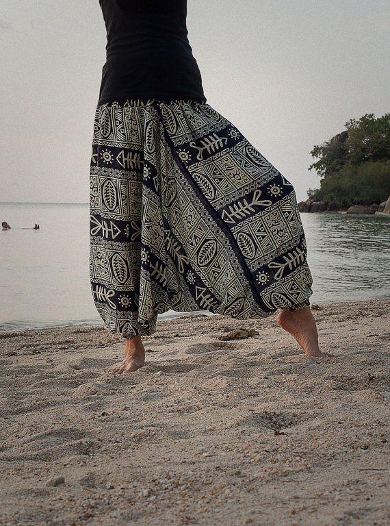 Harem Pants / Baggy Pants / Aladdin Pants / Yoga #handmade #harempants #Etsy #namaste #zen #OM #meditation #yoga #inspiration #yogapants