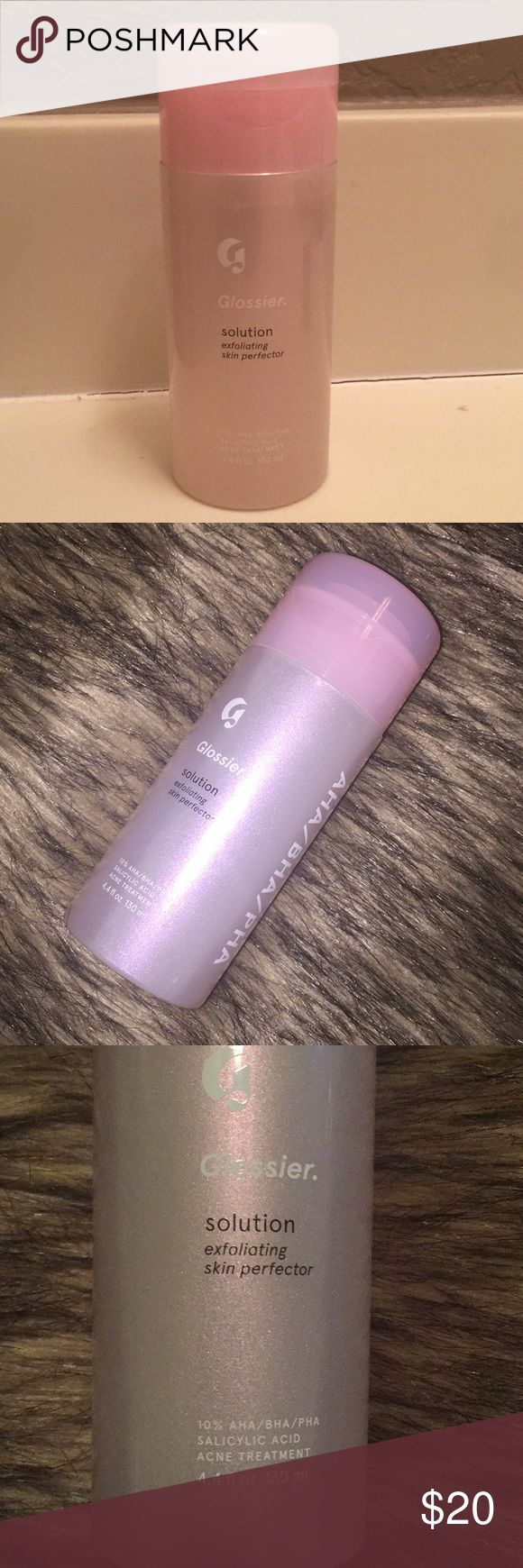 Glossier Solution + Cotton Rounds Glossier solution: used 4x, about 95% or more remaining, kept sterile by using a new cotton pad per application. Glossier cotton rounds: originally 60 count but has been used, so now approximately 43 remain. Glossier You perfume sample: sprayed once, 1.5 ml. Le Labo Santal 33 sample: brand new, 0.75 ml. I would like to sell this at the given price but I am open to reasonable offers. Glossier Makeup