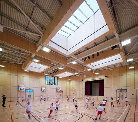 Heathfield Primary School,© Andrew Lee