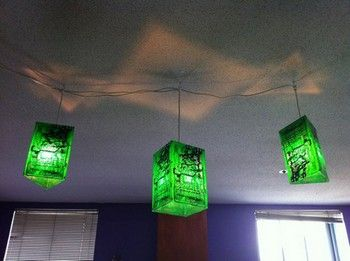 Geek caves are not the place to be subtle. This DIY project turns blank printed circuit boards into geometric lamp shades for not-so-subtle lighting.