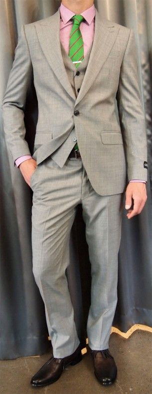 TConcept by Tombolini 3piece peak lapel suit $795 from Gotstyle Menswear.: Ties Bar, Lapel Suits, Altea Ties, Tombolini 3Piec, Grey Suits, The Lapel, 3Piec Peaks, Pink Shirts, Green Ties
