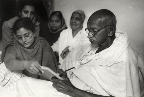 essay writing on mahatma gandhi in english