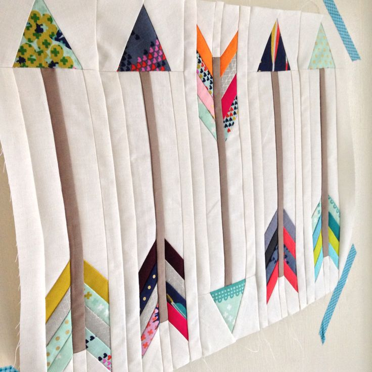 arrow quilt block, for my mini quilt swap by Donna Fletcher @themodernmaker on Instagram