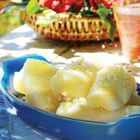 Yuca in Garlic Sauce : the peeling is the hardest part in this dish!