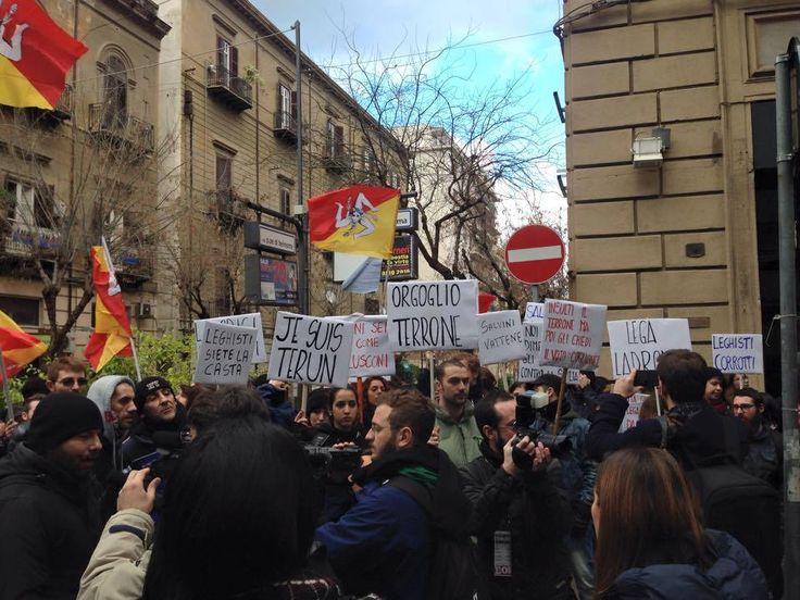 """""""Salvini a Palermo? Giornata dell'orgolgio terrone"""". Dal manifesto a Facebook, nuove e vecchie forme di comunicazione/partecipazione politica."""