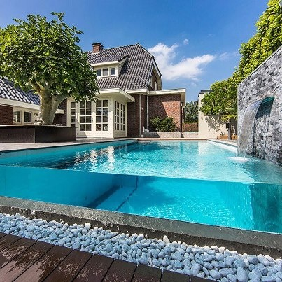 Architecture, Backyard Modern House Design With Outdoor Infinity Pool Ideas  With Waterfall And Brick Stone Wall: The Marvelously Beautiful Aquatic  Backyard ...