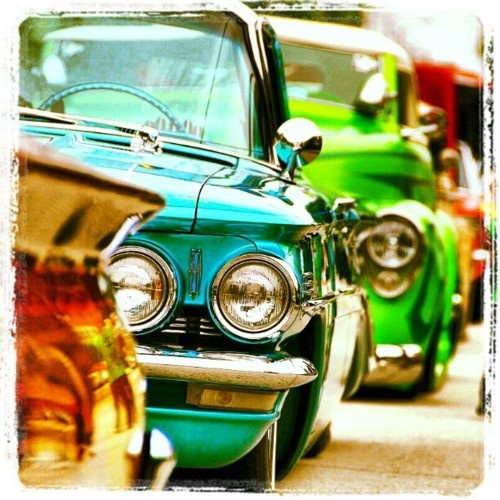 artwork ...: Amazing Pictures, Vintage Cars, Awesome Pictures, Cars Artworks, Colorful, Candy Cars, Pretty Colors, Cool Cars, Old Cars