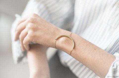 dvě hlavy současné módní trendy 2016 minimalistické šperky