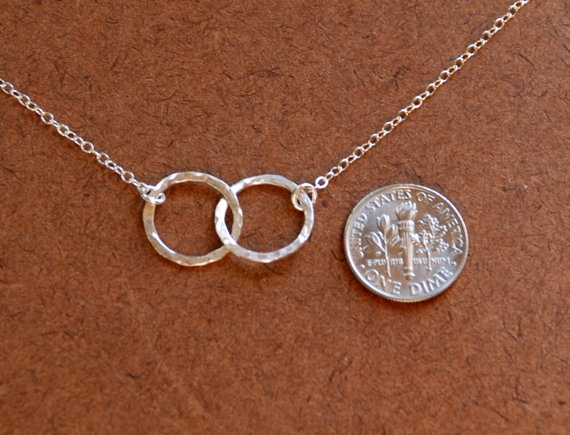 Hammered interlocking circles necklace in by jersey608jewelry, $28.00