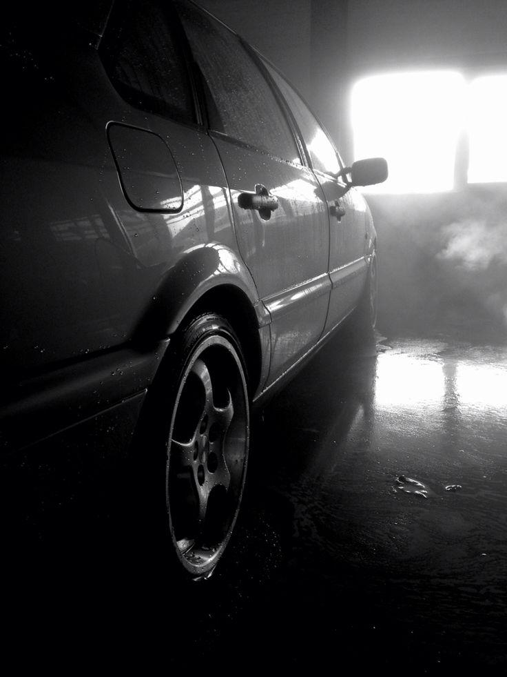 VW Passat 2.8 VR6 at the carwash
