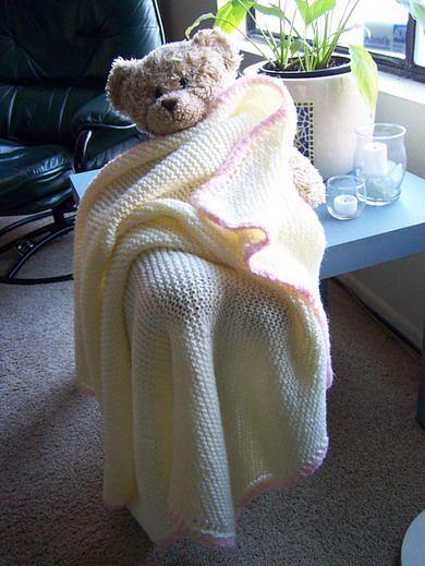 Диагональное одеяло для новорожденных спицами