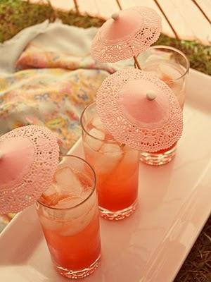 Sweet little umbrellas for a rockin' wedding reception!