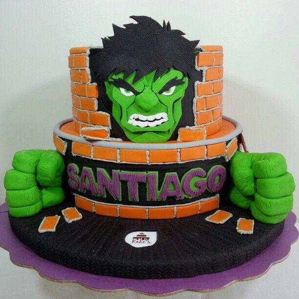 Hulk Cake/ Superheroe