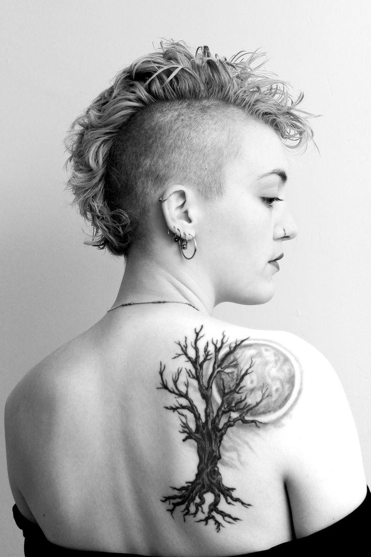 tatouage arbre tatouage nature tatouages des doigts. Black Bedroom Furniture Sets. Home Design Ideas